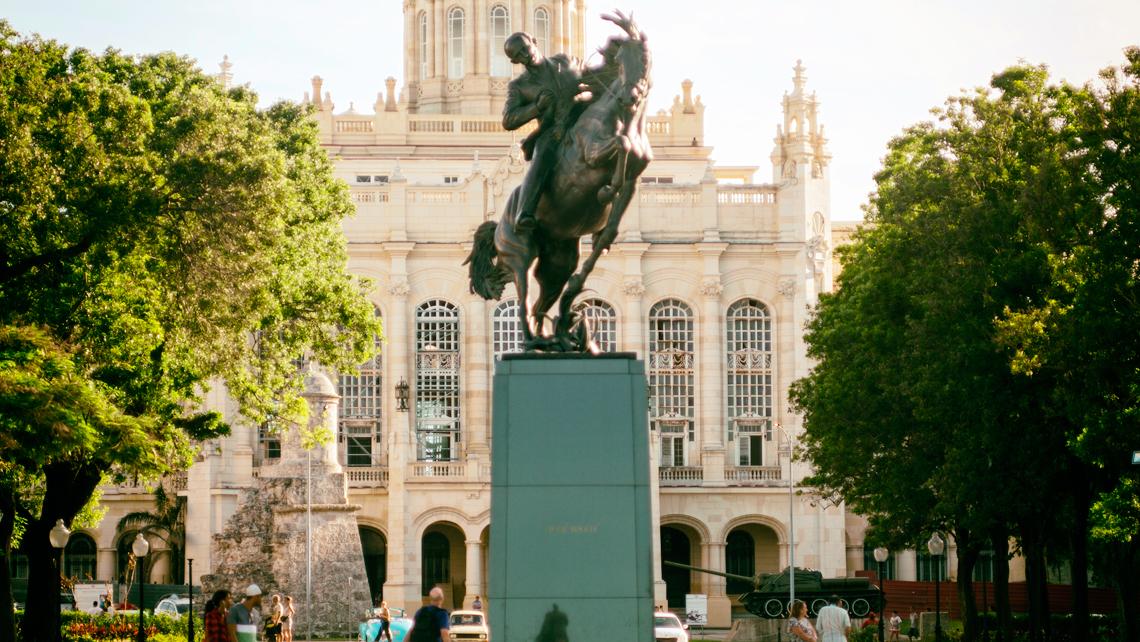 Monumentos que querrás visitar en La Habana: José Martí llega desde Nueva York