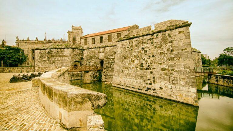 Museo de la Real Fuerza: exponente de la arquitectura militar española en el Caribe