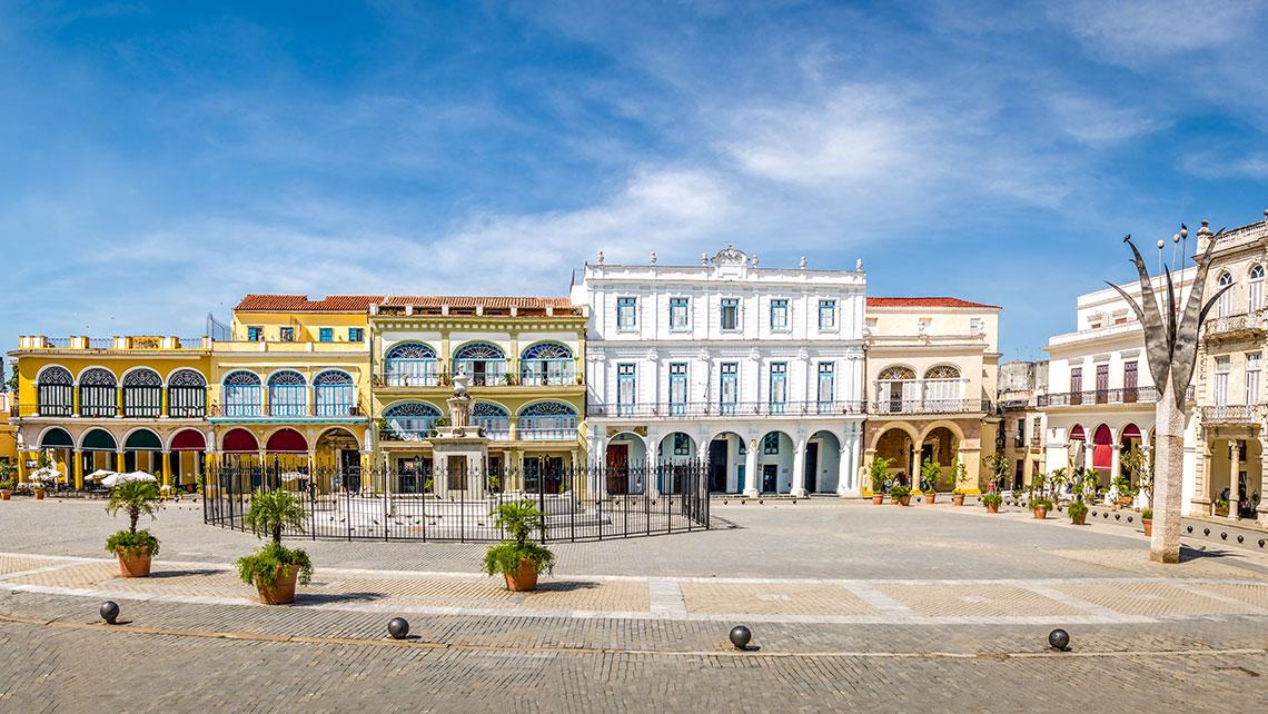 Las cuatro plazas coloniales que debes conocer en tu visita a La Habana Vieja